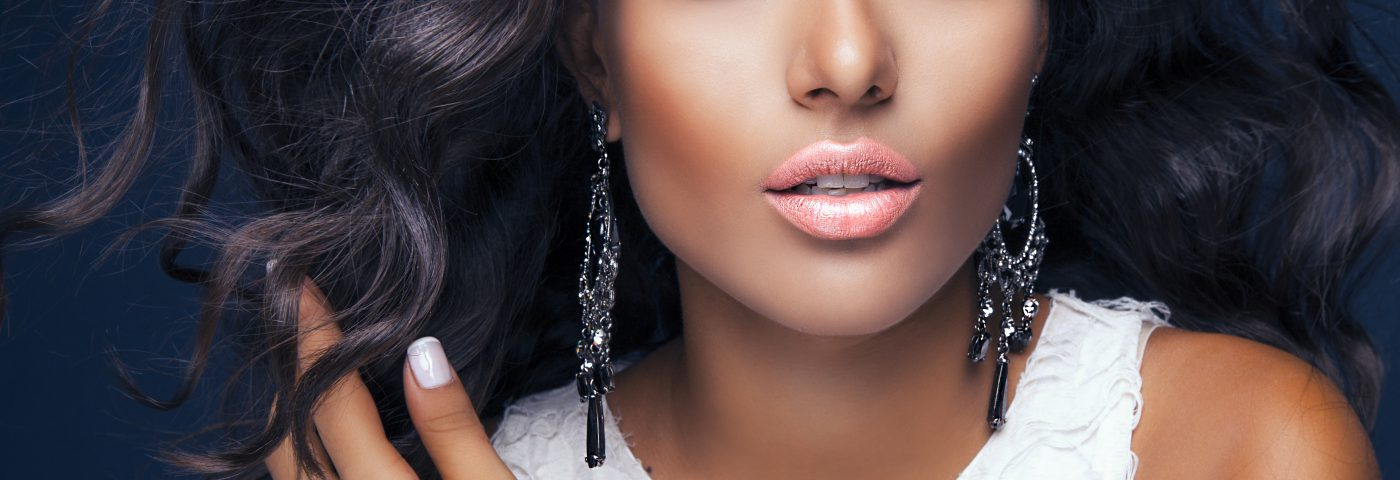 The growth of colour cosmetics retail market in Colombia